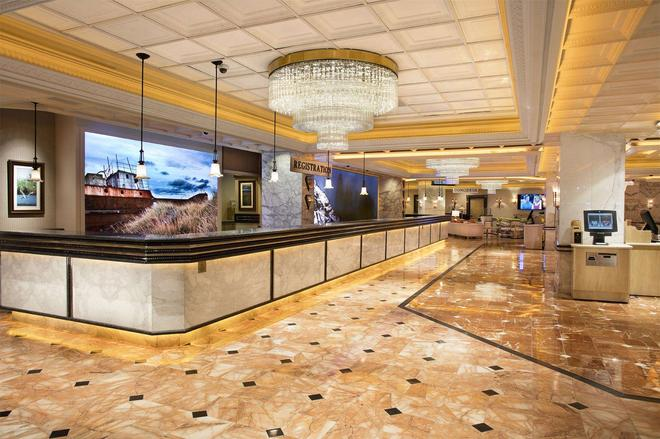 Peppermill Resort Spa Casino - Reno - Lobby