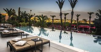 صالة وسبا سوفيتيل مراكش - مراكش - حوض السباحة