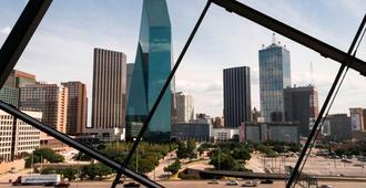 The Ritz-Carlton Dallas - Dallas - Outdoors view