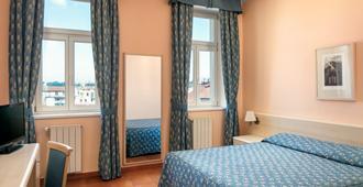 Hotel Caesar Prague - Prag - Schlafzimmer