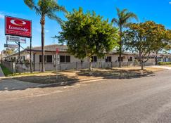 Econo Lodge Moree Spa Motor Inn - Moree - Rakennus
