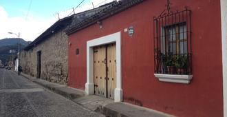 Casa De Leon - Antigua