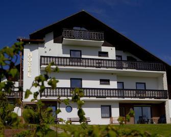 Hotel & Ferienwohnungen Seeschlößchen - Waldeck (Hessen) - Building