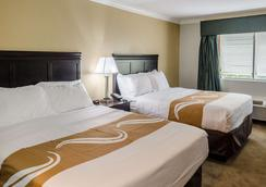 Quality Inn - Gulf Shores - Bedroom