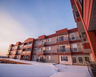 Stanton Suites Hotel - Yellowknife - Gebouw