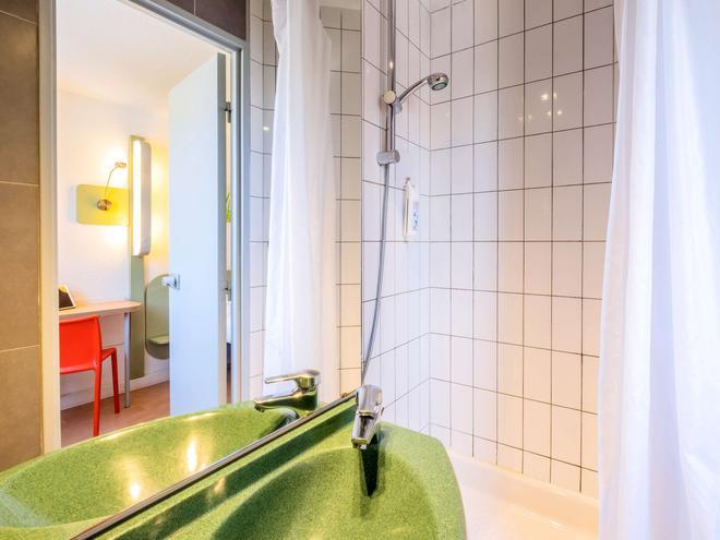 ibis budget Limoges - Limoges - Bathroom