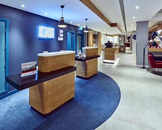 Holiday Inn Express Gibraltar - Gibraltar - Front desk