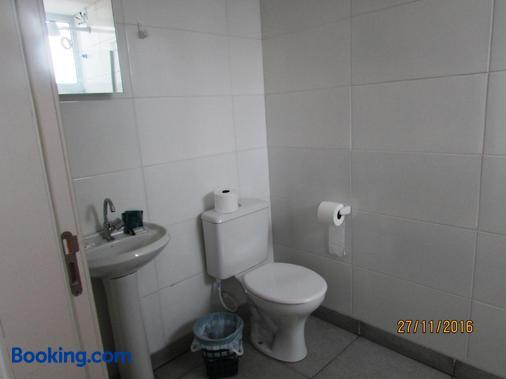 Villa Tata Suites - Curitiba - Bathroom