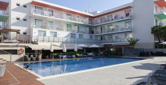 Ibersol Hotel Antemare - Adults Only - סיטגס - בריכה