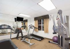 Hawthorn Suites by Wyndham Panama City Beach FL - Panama City Beach - Gym