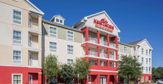 Hawthorn Suites by Wyndham Panama City Beach FL - Panama City Beach - Building