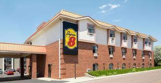 Super 8 by Wyndham Colorado Springs/Afa Area - Colorado Springs - Bâtiment