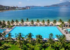 Vinpearl Resort & Spa Nha Trang Bay - Nha Trang - Svømmebasseng