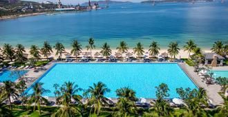 Vinpearl Resort & Spa Nha Trang Bay - Να Τρανγκ - Πισίνα