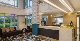 Airotel Stratos Vassilikos Hotel - Athens - Front desk