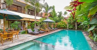 Meruhdani Boutique Hotel Ubud - Ubud - Pool