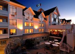 Huntingdon Manor Hotel - Victoria - Edificio