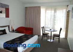 Mitchell on Main - Bairnsdale - Bedroom