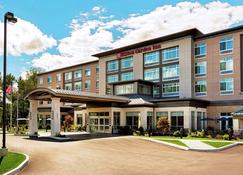 Hilton Garden Inn Lenox Pittsfield - Pittsfield - Building