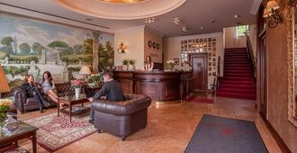 Hotel Wloski - Poznan - Front desk