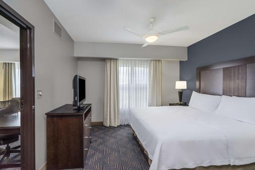 Homewood Suites by Hilton Louisville-East - Louisville - Phòng ngủ