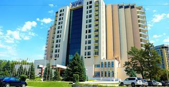 Hotel Ak-Keme - Biskek - Edificio