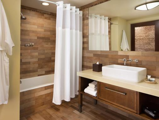 Hotel Abrego - Monterey - Bathroom