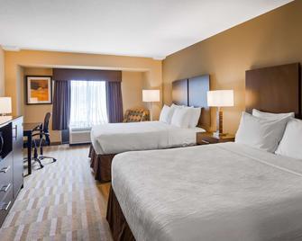 Best Western PLUS Thornburg Inn & Suites - Thornburg - Schlafzimmer