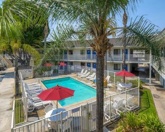 Motel 6 San Diego El Cajon - El Cajon - Pool