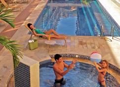 Malibu Palace Hotel - Cabo Frio - Gebäude