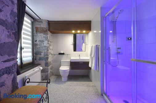Hotel Epik Montreal - Montreal - Bathroom