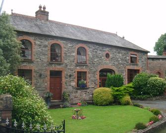 The Coach House - Waterford - Building