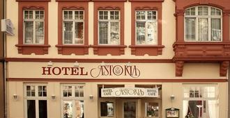Astoria Hotel - Trier - Building