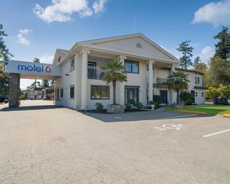 Motel 6 Saanichton - Bc - Victoria Airport - Saanichton - Gebouw