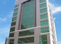 馬可波羅飯店 - 麥納麥 - 建築