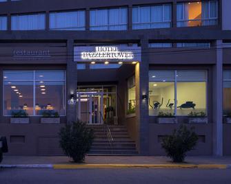 Dazzler by Wyndham Puerto Madryn - Puerto Madryn - Building