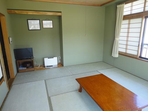 Guest House Yamanouchi - Yamanakako