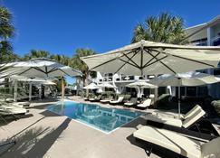 Grace Bay Suites - Grace Bay - Pool