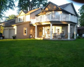 Tigh-na-mara Bed And Breakfast - St. Catharines - Gebäude