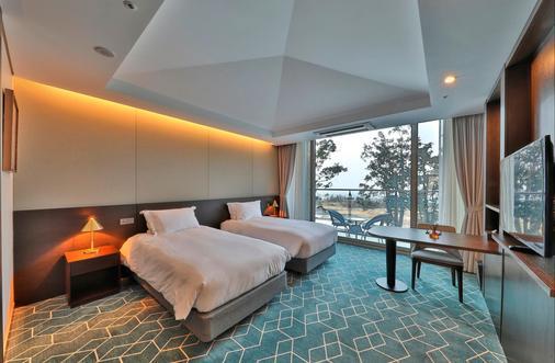 Camphortree Hotel and Resort - Thành phố Jeju - Phòng ngủ