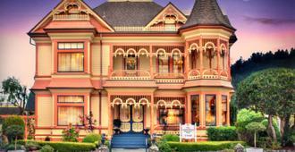 Gingerbread Mansion Inn - Ferndale - Edificio