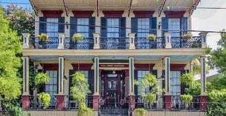Royal Street Courtyard - Nueva Orleans - Edificio