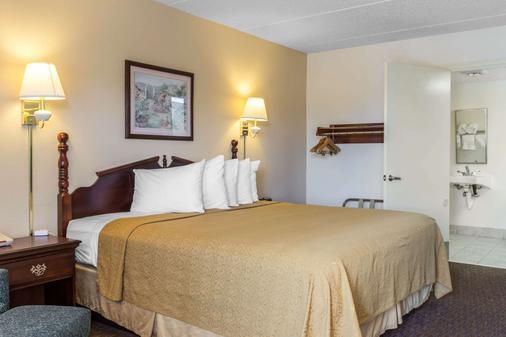 Quality Inn - Cordele - Bedroom