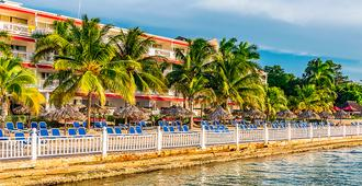 Royal Decameron Montego Beach - Bahía Montego - Edificio