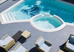 里米尼海濱大道美居酒店 - 里米尼 - 里米尼 - 游泳池