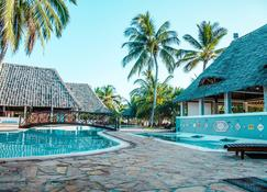 Uroa Bay Beach Resort - Uroa - Pool