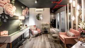 The Hyde All-Suite Hotel - Kapstadt - Wohnzimmer