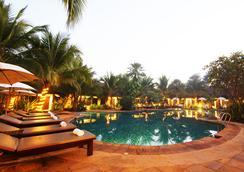 拉努納度假村飯店 - 清萊 - 游泳池