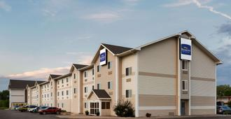 Baymont by Wyndham North Platte - North Platte - Edificio