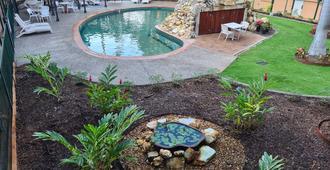 Alatai Holiday Apartments - Darwin - Bể bơi